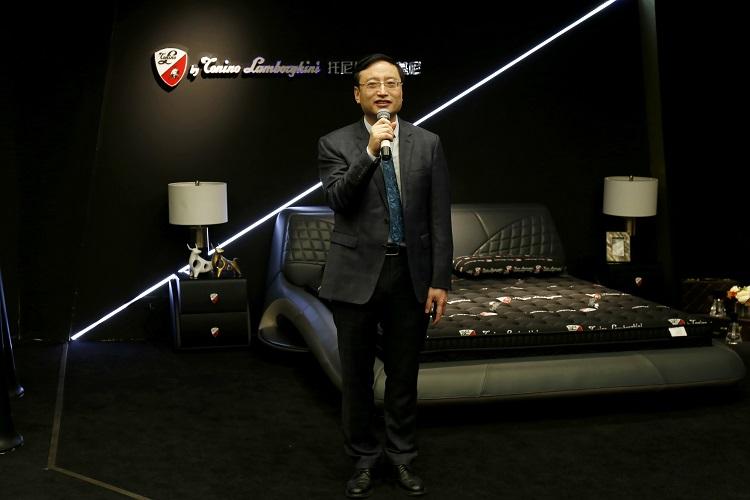 慕思|托尼诺·兰博基尼首次亮相中国国际家具展国际馆